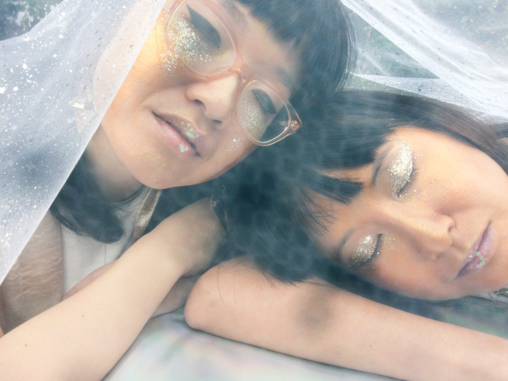 Golden Sister Goddess Yumi Sakagawa Angie Wang